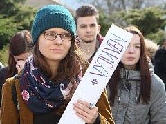 Studenti v Ústí stávkovali za ústavní hodnoty.