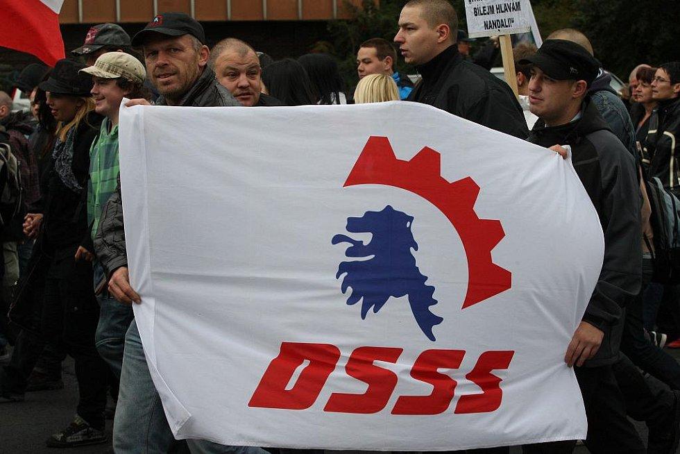 Na pochod Ústím se vydalo přibližně tisíc lidí.