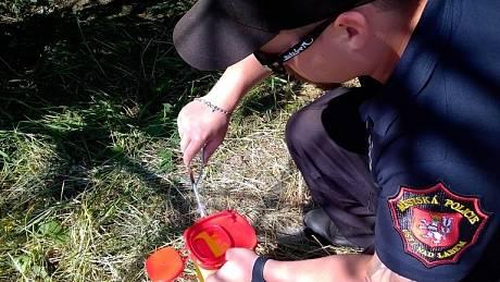 Strážníci našli na stanovišti bezdomovců dvě injekční stříkačky