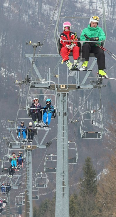 Na Telnici se konečně lyžuje celý den.