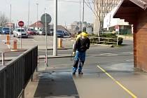 Čištění ústeckých ulic mezi Labem a Forem