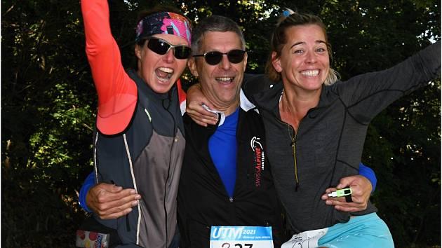V neděli 10. října odstartoval od hradu Střekov Ústecký Trail maraton 2021. V propozicích byla desítka, dvacítka a náročný výběh do kopců a kopečků délkou kopírující klasický maraton (42 km).