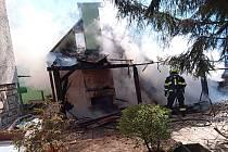 Požár hospodářského stavení v Brné
