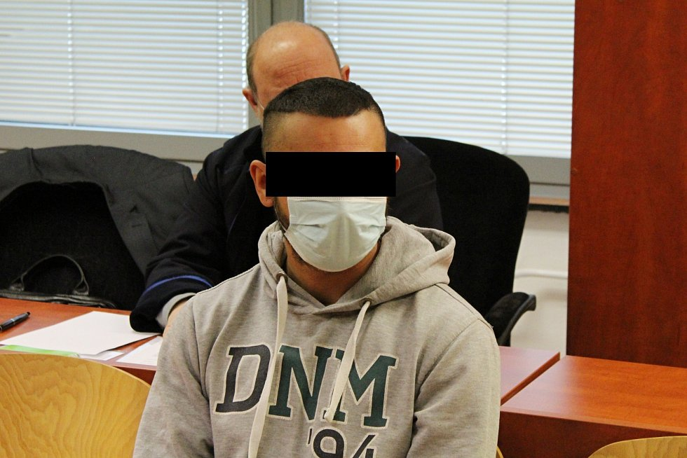Patrik S. v úterý 9. února u ústeckého krajského soudu