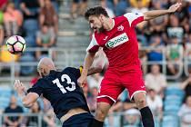 Ústečtí fotbalisté (červení) remizovali v Opavě 1:1.