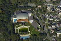Ústí nad Labem má již první nákresy toho, jak by mohl vypadat akvapark na Klíši. Má v něm být řada atrakcí včetně toboganu, skluzavek nebo dětského bazénu. Stará plavecká hala se zatím opravovat nebude.