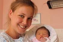 Valérie Karnoubová se narodila v ústecké porodnici 22.6. (5.43) Veronice Karnoubové. Měřila 49 cm, vážila 3,23 kg.