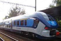 Soupravy RegioShark patří k nejmodernějším vlakům Českých drah.