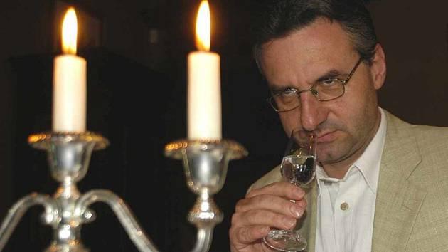 Europoslanec Jan Zahradil degustátorem