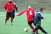 Fotbalisté Střekova (červení) doma rozdrtili Jílové 5:0.