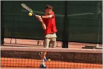 Začíná tenis bez roušek a turnajů.