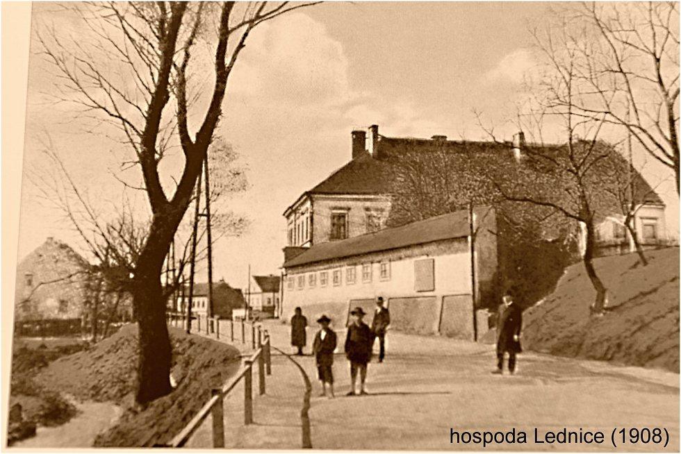 Po stopách starých pohlednic - Předlice včera a dnes.