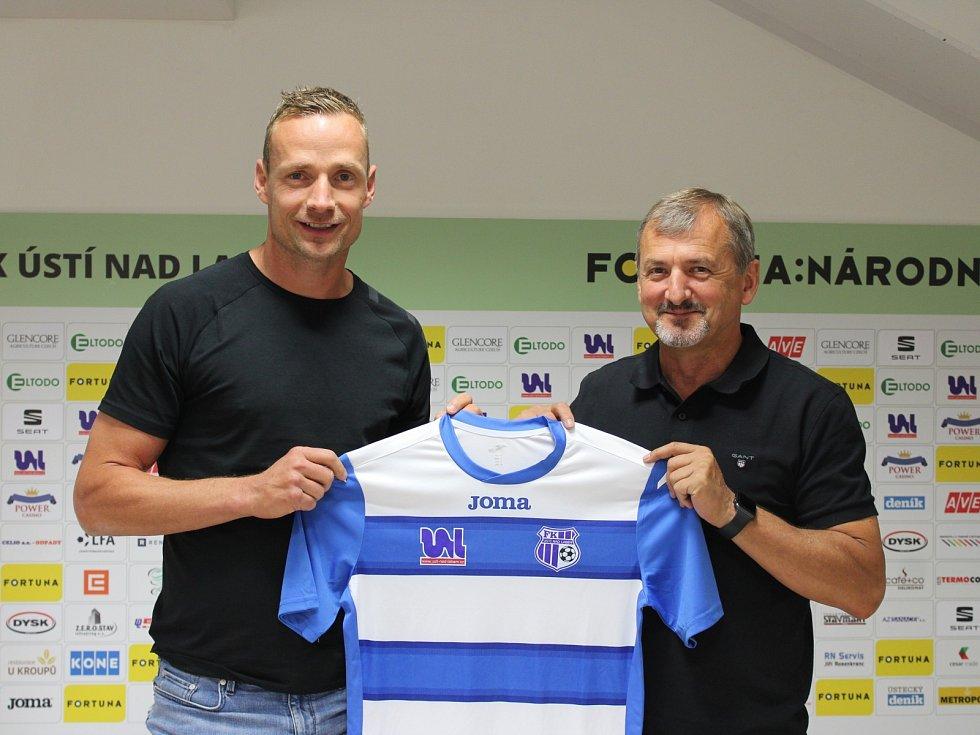 Jiří Jarošík a ředitel FK Ústí Václav Kožíšek.