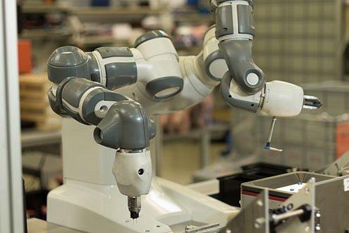 Robot You and Me