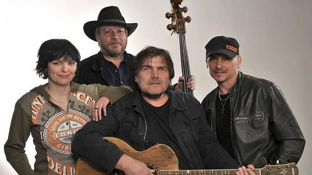 V pátek bude v Národním domě v Ústí nad Labem koncertovat skupina Kamelot z Brna.
