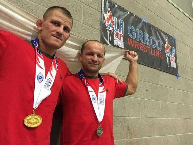 Hasič Tomáš Sobecký z Ústí nad Labem je zlatý na Světových hasičských a policejních hrách v USA. Jan Hocko z Varnsdorfu je stříbrný.