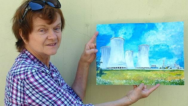 Galeristka Jiřina Romová s téměř profesionální kresbou Pavlíny Kašíkové z Ostravy.