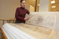 Téměř celý měsíc si budou moci lidé v ústeckém muzeu prohlédnout obrovskou kopii Ďáblovy bible.
