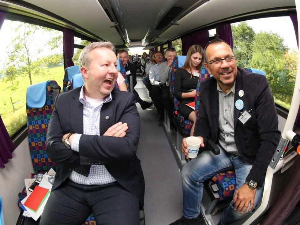 Deník-bus šplhá do kopců Děčínska.