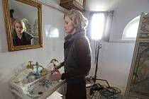 Natáčení filmu Za oponou noci na zámku Velké Březno.