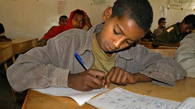 DÍKY PROJEKTU Člověka v tísni a skautů v Etiopii se postavilo již jedenáct škol.