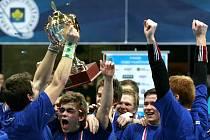 Před rokem ovládli finále poháru muži Chodova, když porazili Brno 7:4. Naváží letos ženy na jejich úspěch?