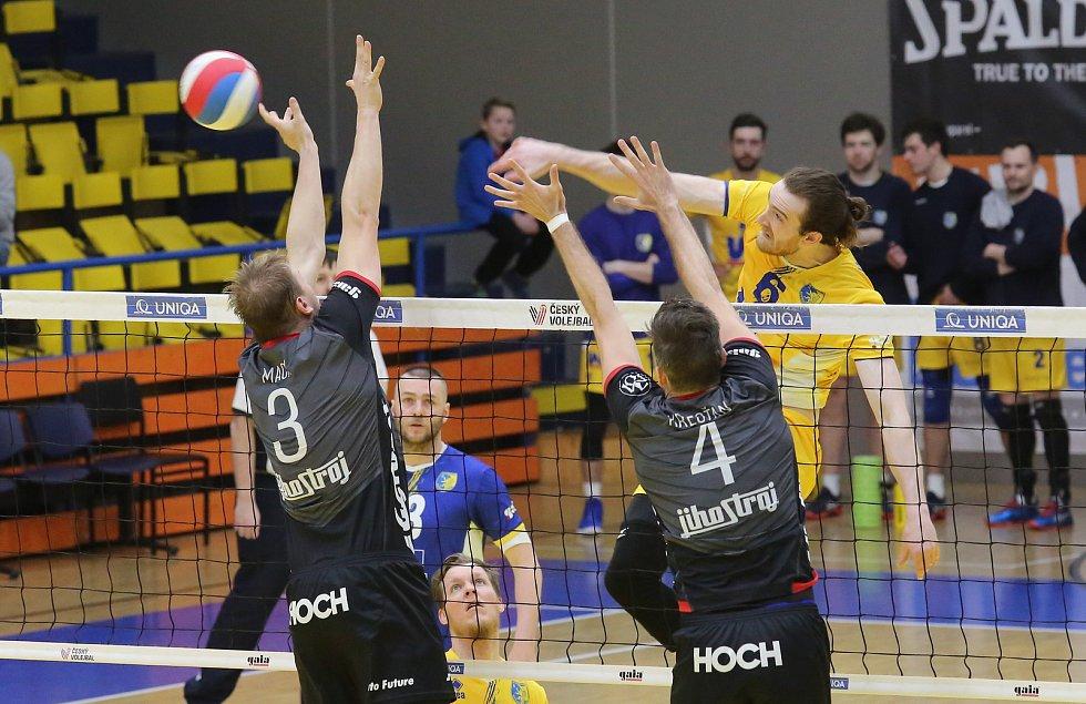 Volejbalové čtvrtfinále Ústí nad Labem - České Budějovice.