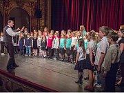 Koncert žáků školy v ústeckém divadle.