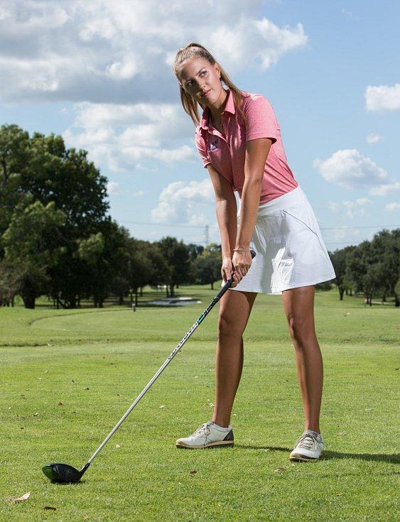 Golfistka Sára Zrníková