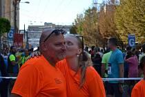Roman Eckert a Lucie Eckertová během Ústeckého půlmaratonu 2019.