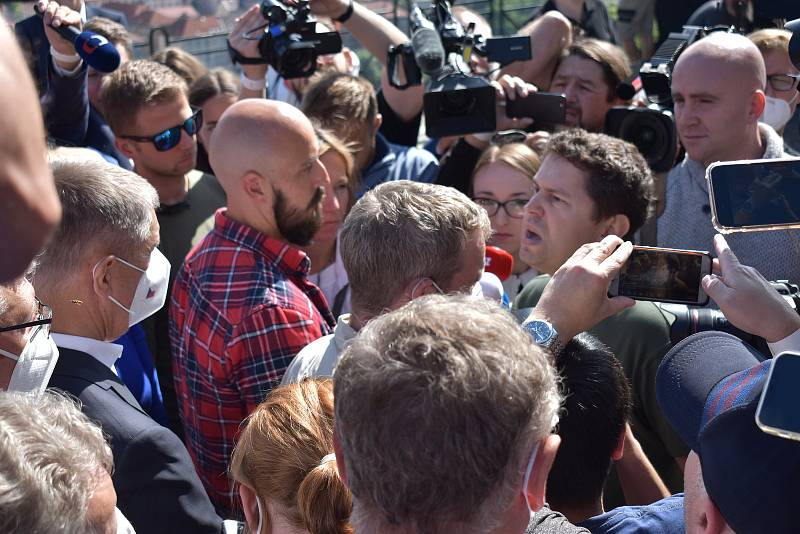Andrej Babiš mladší narušil start kampaně ANO v Ústí