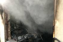 Požár garáže v Libouchci.