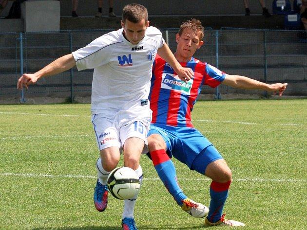 Po dvou debaklech v Plzni se herní projev ústeckých fotbalistů na turnaji v Berouně výrazně zlepšil.