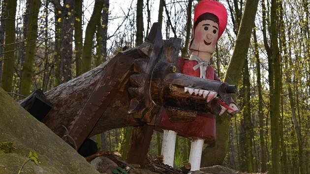 Pohádková cesta v lese u Vaňova a Dolních Zálezel.