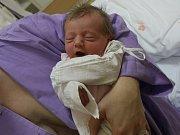 Antonie Jusková se narodila Evě Juskové z Jílového u Děčína 11.ledna v 7.50 hod. v ústecké porodnici. Měřila 48 cm a vážila 2,87 kg