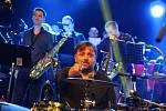 Skupina The Boom - Beatles Revival Band odehrála v DK Ústí v sobotu 15. prosince svůj již 28. benefiční vánoční koncert pro ústeckou onkologii