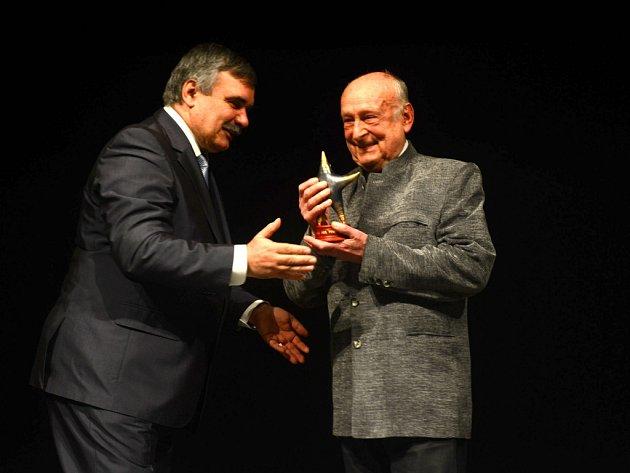 Zindulka dostal Cenu Forever young 2013.