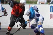 Hokejbalisté Elby v poháru vyhořeli a nepostoupili.