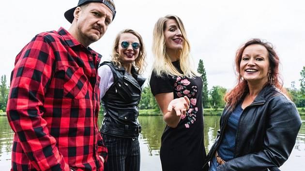 Dvacet let pomoci i radosti, to je Útulek Fest na hradě Střekov. Jedním z vystupujících bude kapela Gaia Mesiah.