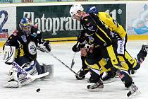 Ústečtí hokejisté nezvládli domácí derby s Kadaní (2:4) a jejich sedmizápasová vítězná série skončila.