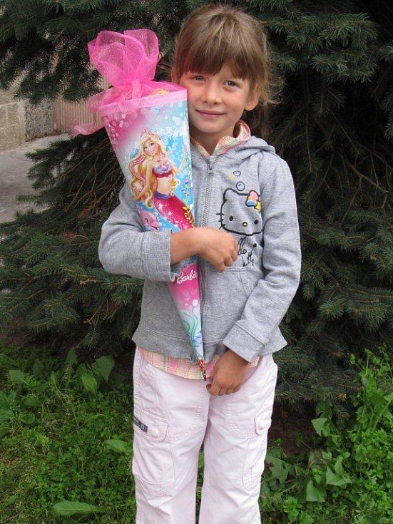 44. ZUZANKA BURDOVÁ, 6 let, Louny.