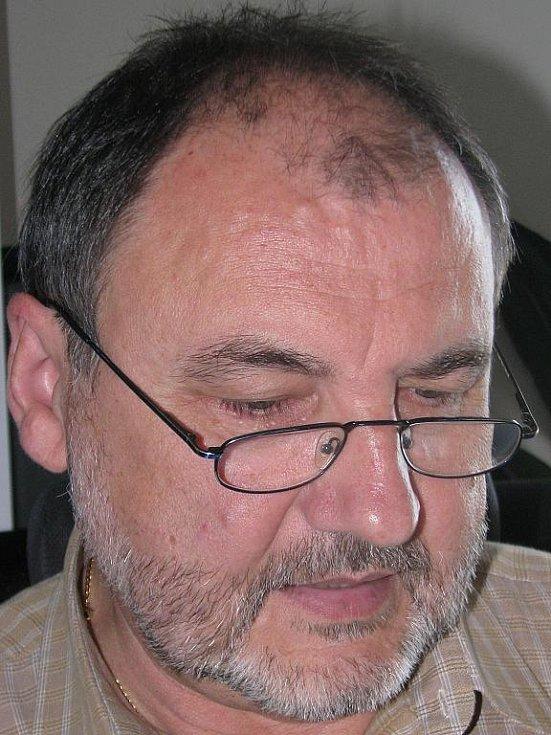 Online rozhovor s Jozefem Králem, zástupcem ředitele Krajské hygienické stanice Ústeckého kraje.