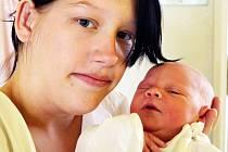 Lenka Kašparová se narodila v teplické porodnici 10.9.2014 (07.49) mamince Michaele Szücsové z Ústí nad Labem. Měřila 50 cm a vážila 3,10 kg.