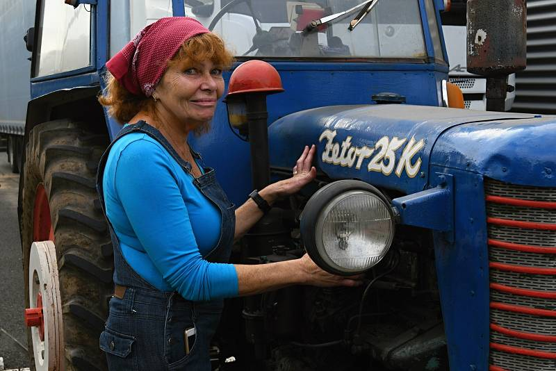 Svatováclavská jízda historických vozidel se uskutečnila v úterý 28. září. Start byl na Bukově, cíl na Severní Terase.