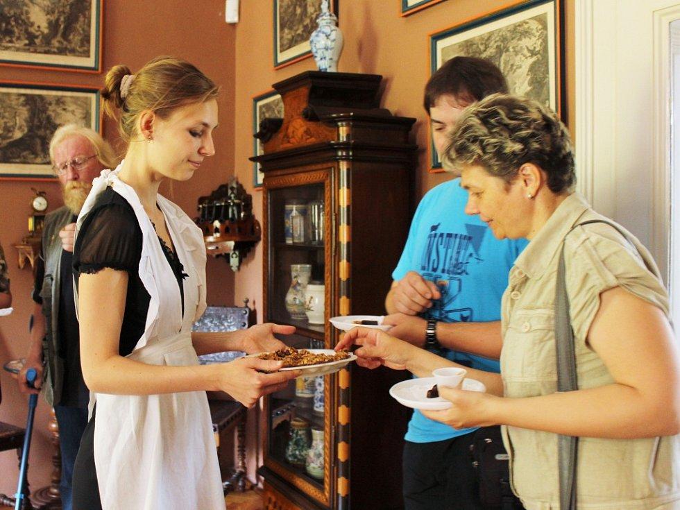 Návštěvníci odcházeli ze zámku najedení a spokojení.
