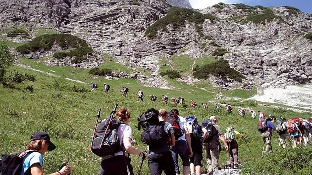 Známý tyrolský pochod.