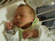 Filip Palík se narodil Jitce Palíkové z Ústí nad Labem 6. listopadu ve 13.38 hod. v ústecké porodnici. Měřil 45 cm a vážil 2,35 kg