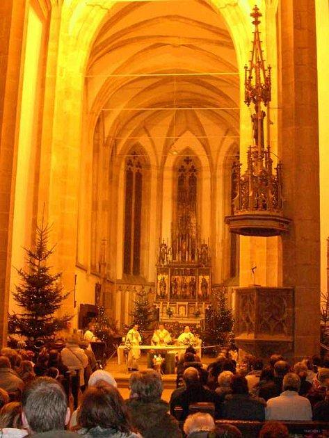 Půlnoční mše v kostele Nanebevzetí Panny Marie
