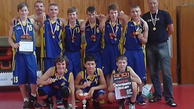 Mistři České republiky v basketbalu jsou ze ZŠ Vinařská - Ústecký deník 45fc132b02