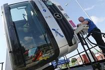 Den pro kamiony uspořádali policisté na odpočívadle dálnice D8.